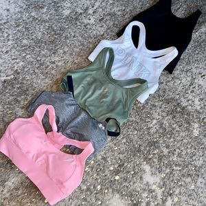 Bundle of 5 sports bras- M